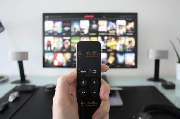 7 serviços de IPTV grátis e pagos disponíveis no Brasil